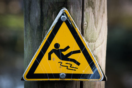 How to Avoid a Dangerous Slip-and-Fall This November