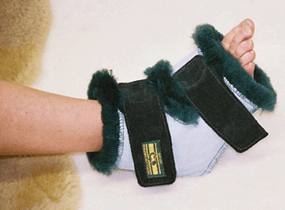 Australian Sheepskin Apparel Surgical Slipper