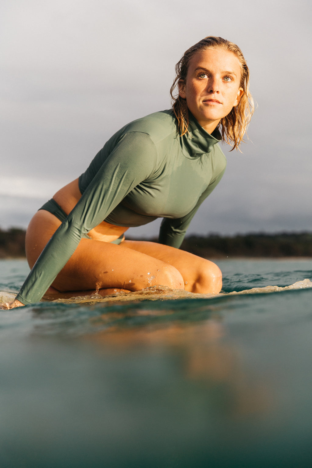 ivy love top surfer model sustainable swimsuit surfwear