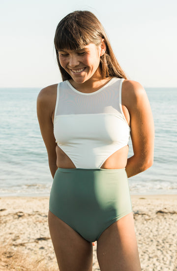 Malibu One Piece Ivory/Army Green