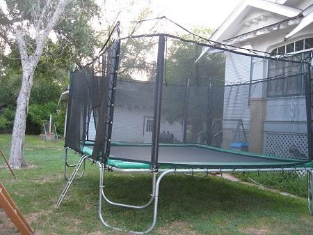 Texas Giant 15ft x 15ft Trampoline with Enclosure