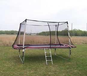 Texas Competitor 17 x 9 Rectangular Trampoline with Enclosure