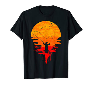 Fly Fishing at Sunset | Cool Vintage Retro Distressed T-Shirt