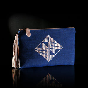 LOOM% | handwoven blue envelope bag with white diamond pattern