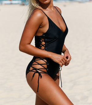 Black Plunging V Neck Grommet Lace up One-piece Swimwear