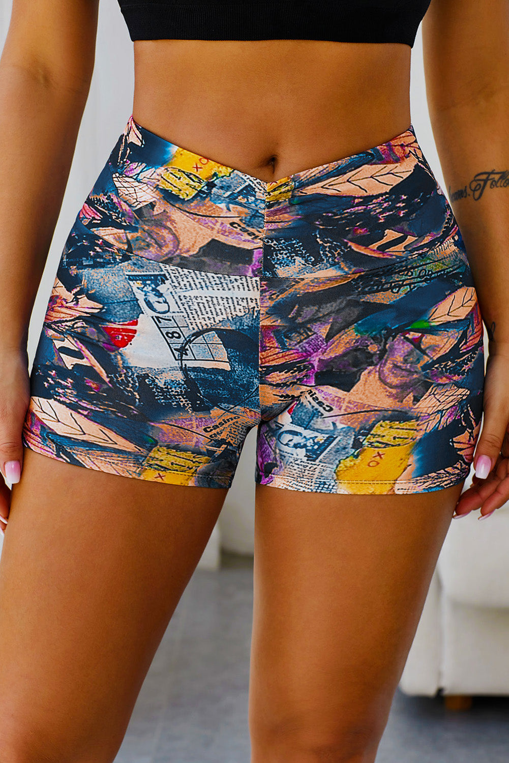 Black Printed High Waist Lift Up Yoga Shorts