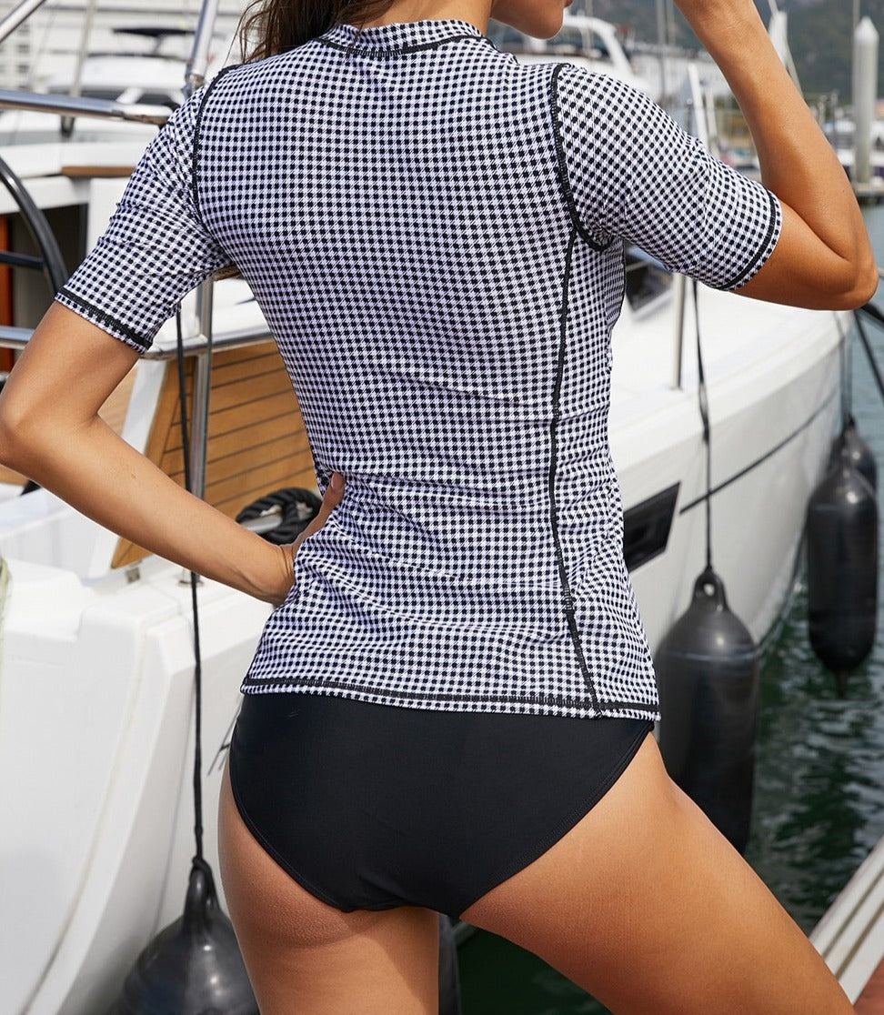 Chic Houndstooth Surfing Rashguard Top
