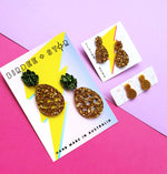 Party pina pineaaple mini studs - Gold glitter