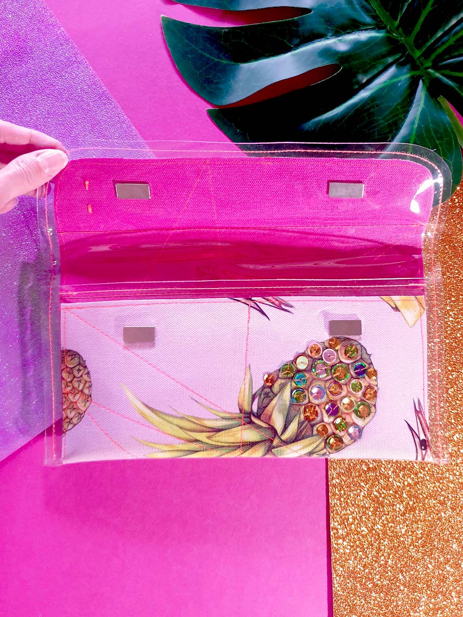 Mini clutch - BBQT pink with sequins