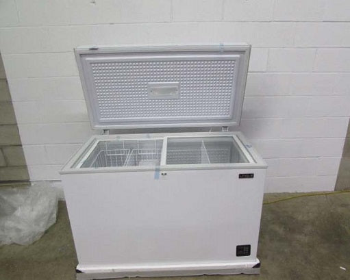 Scratch and Dent/Pre-Owned Solar Freezers