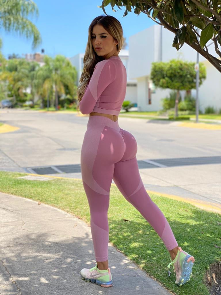 Booty scrunch 2 piece set-Pink