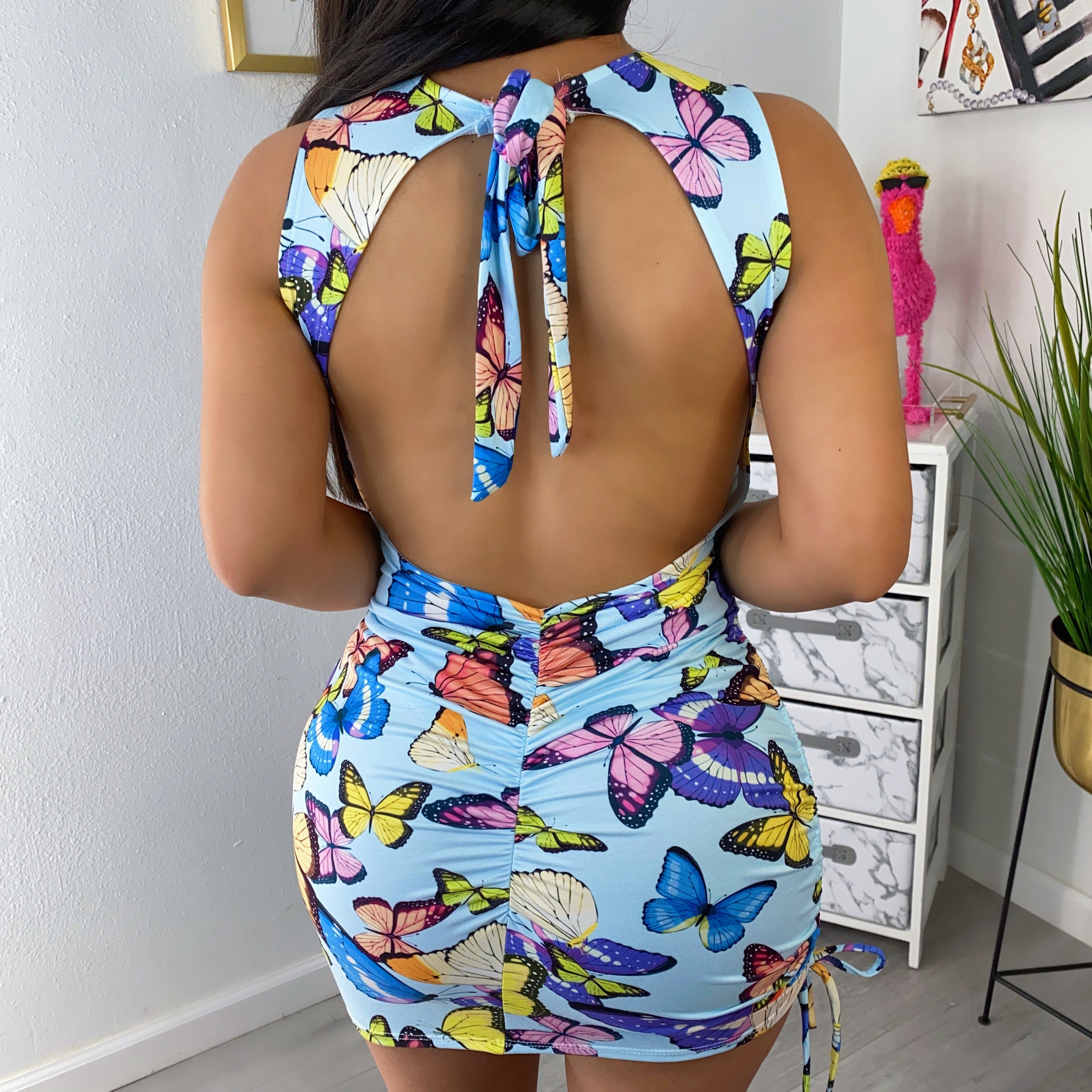 Butterfly dress open back with Mask😷