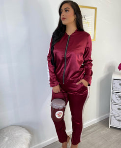 Burgundy silk Set