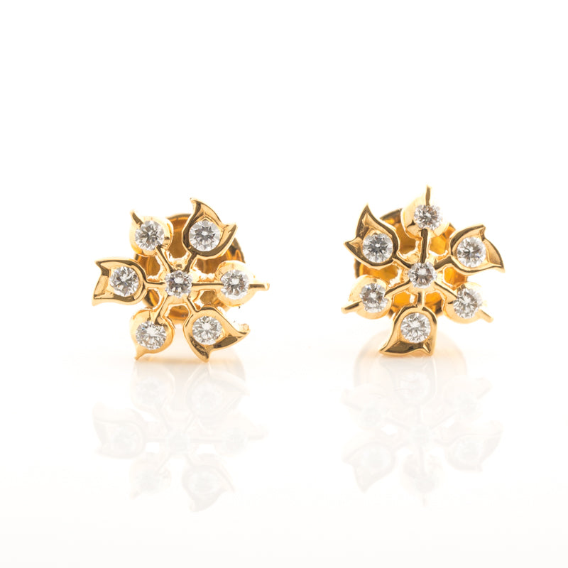 14 Diamond Smart Shape Studs