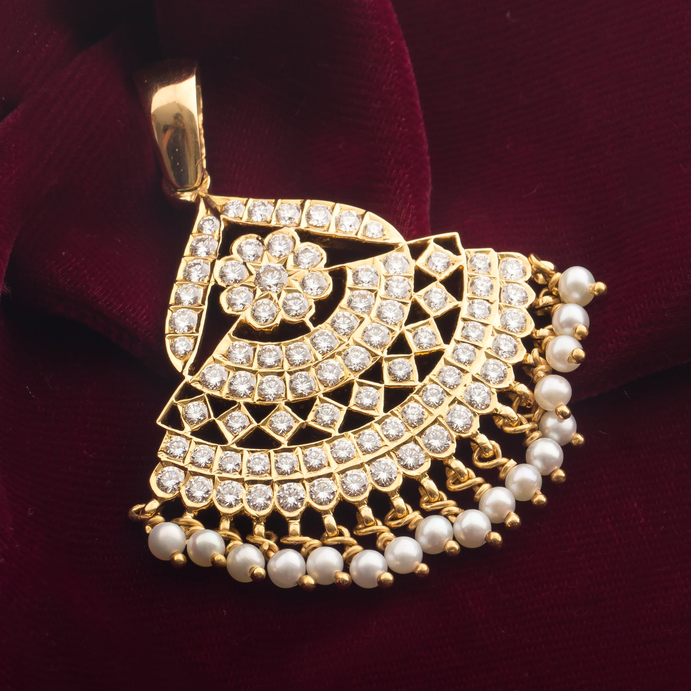 Antique Heritage Diamond Pendent