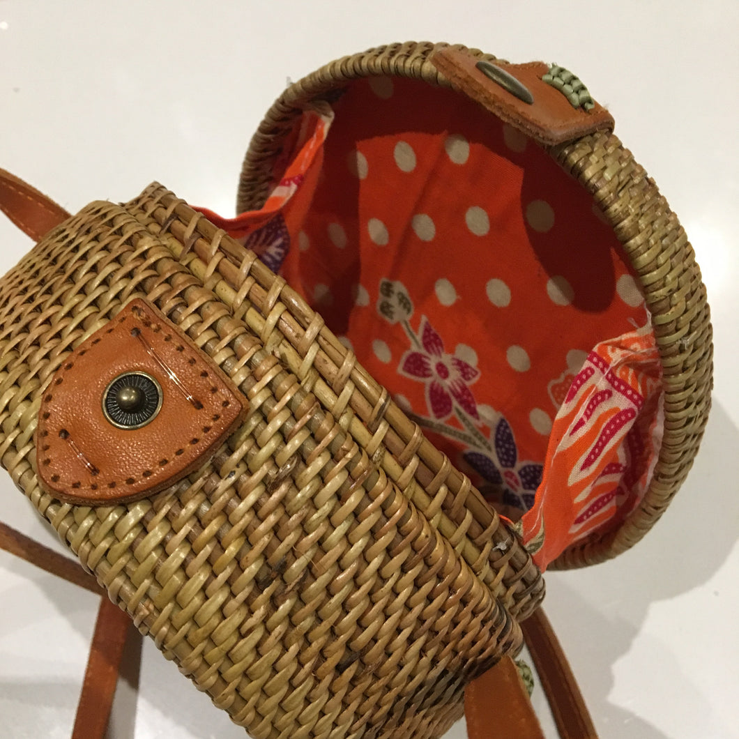 Rattan Roundie Mini Bag with Batik cotton Lining (style mini 2)