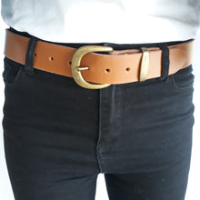 Wide Leather Belt Box