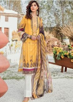 Iznik IZK-166 Marina three piece suit with Woolen duppata