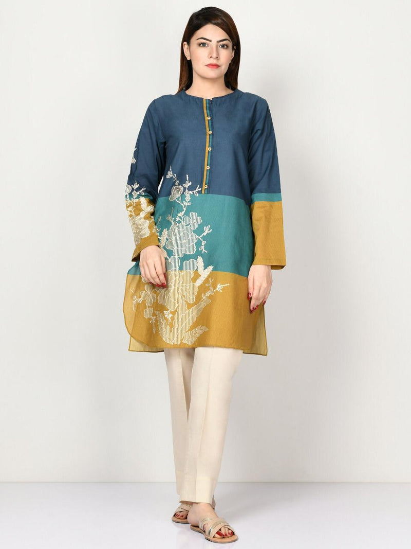 Limelight LT-551 Embroidered Three Piece Linen Collection