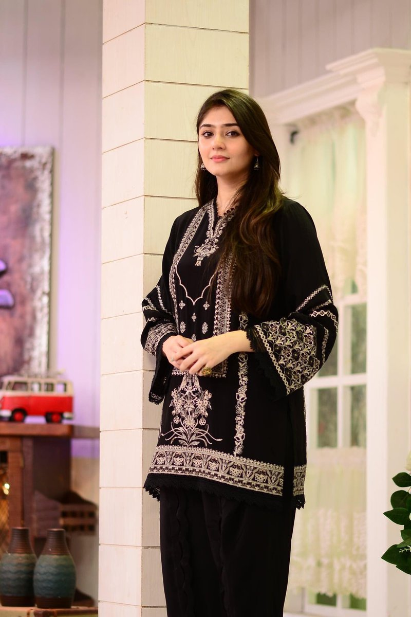 Iznik IZV-5071 Black Embroidered Velvet two piece Winter Collection