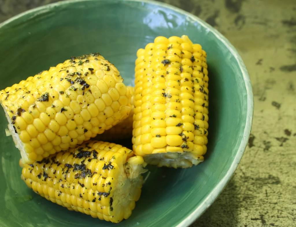 Fresh Sweetcorn with Seaweed butter, using Seaweed Boost