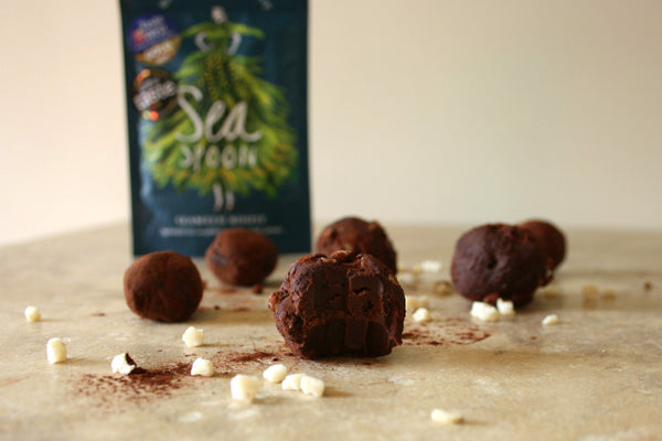 Date and seaweed truffles