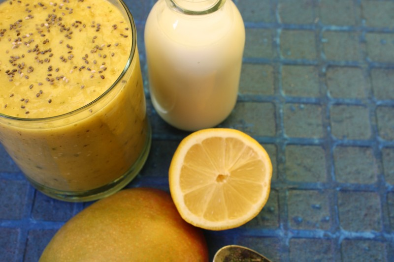 Mango lemon and seaweed smoothie