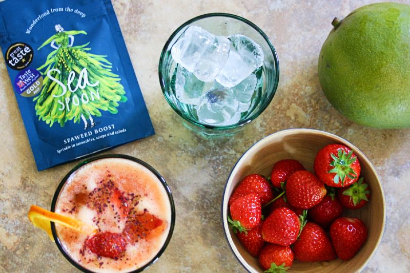 strawberry and mango cooler with seaweed