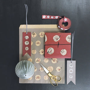 Recycled Red robins & Rosehips Kraft Paper