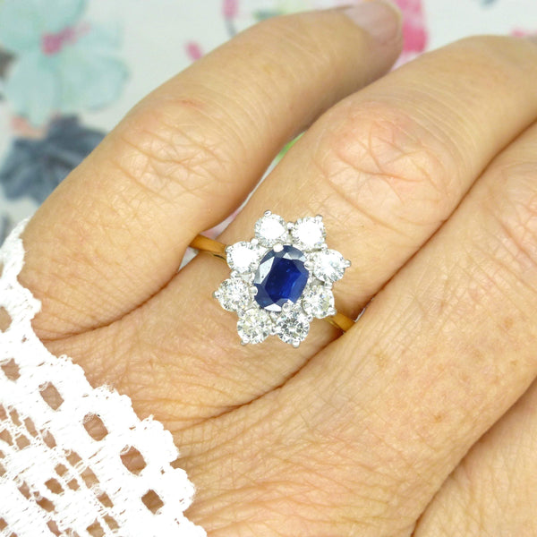 Vintage 18ct sapphire & diamond oval cluster engagement ring