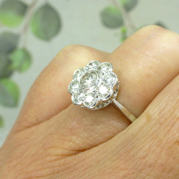 Vintage Edwardian style 18ct white gold diamond daisy cluster ring 1.05 carat