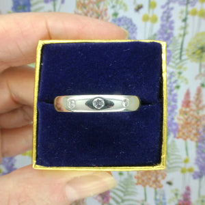 Vintage heavy solid Platinum diamond set wedding band size T 1/2 ~ 10