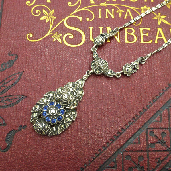 Pretty Vintage Art Deco silver marcasite flower necklace c1930's