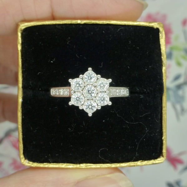 Vintage style 9ct diamond daisy halo cluster ring 0.39 carat