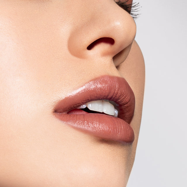 HOW TO: MATTE BLUSHING NUDE LIP LOOK