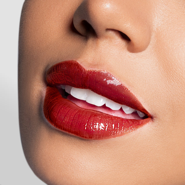 How To Create The Bold Lip Look