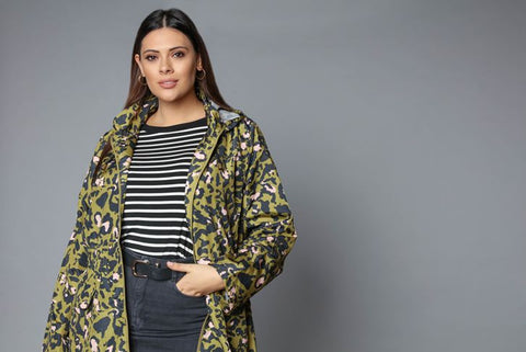 army-brat-plus-size-detachable-hooded-rain-mac -in-camo