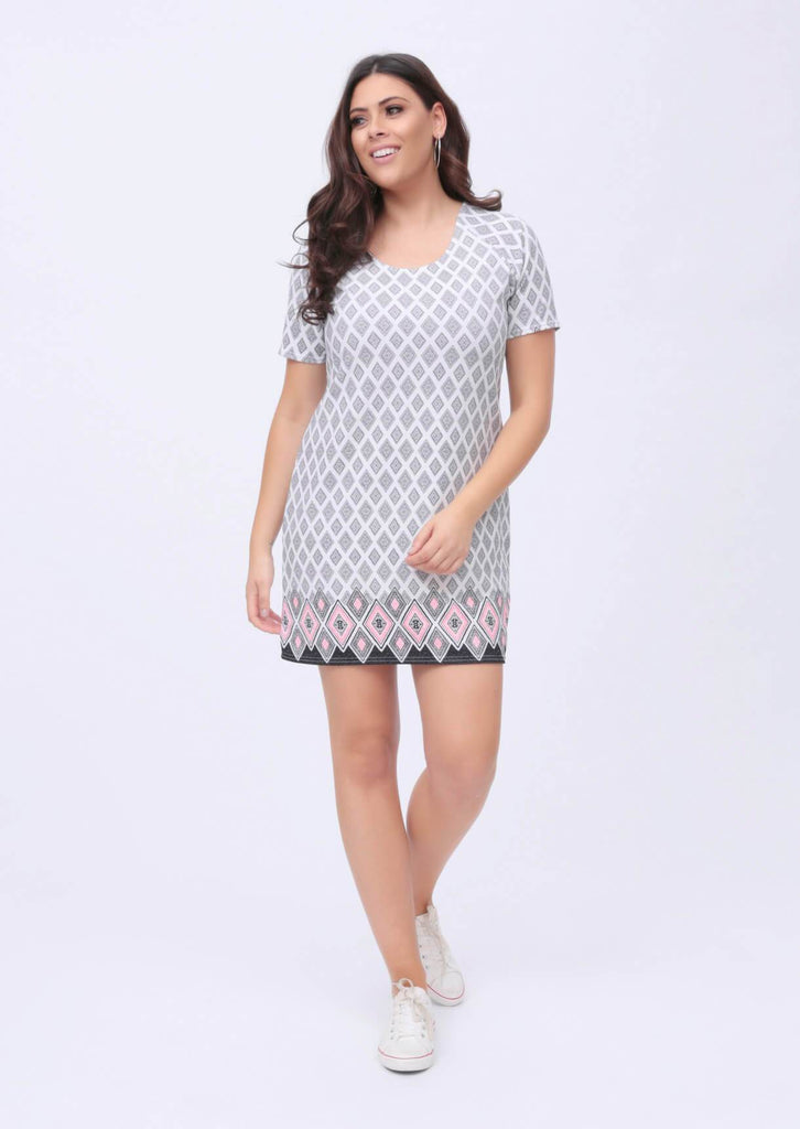 Plus Mina White Border Print Short Sleeve Shift Dress