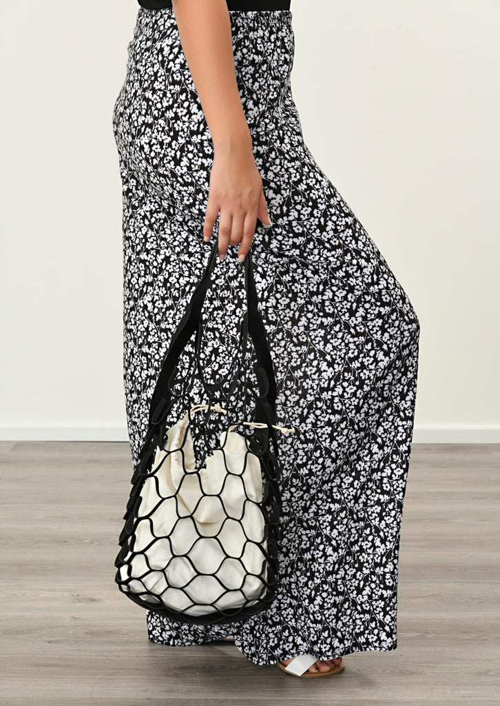 Black Honeycomb Beach Bag 1