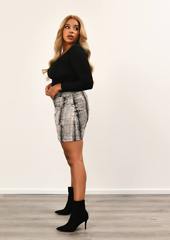 Pink Clove Grey Two Pocket Snake skin  Mini Skirt view 2