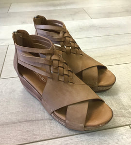 Braided Low Wedge