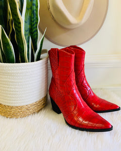 Matisse / Bambi Red Boot