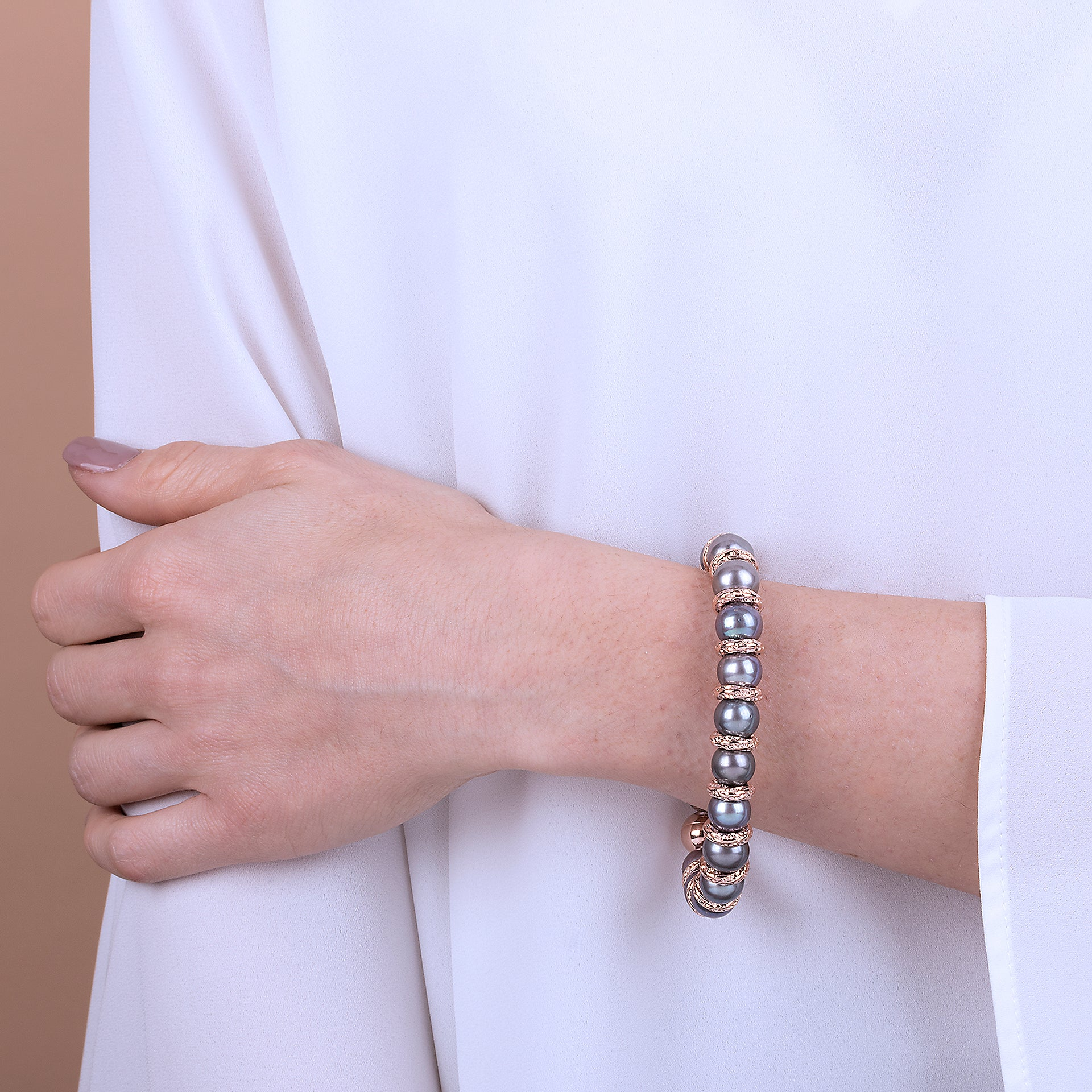 Pearl Bracelet with Magnetic Clasp