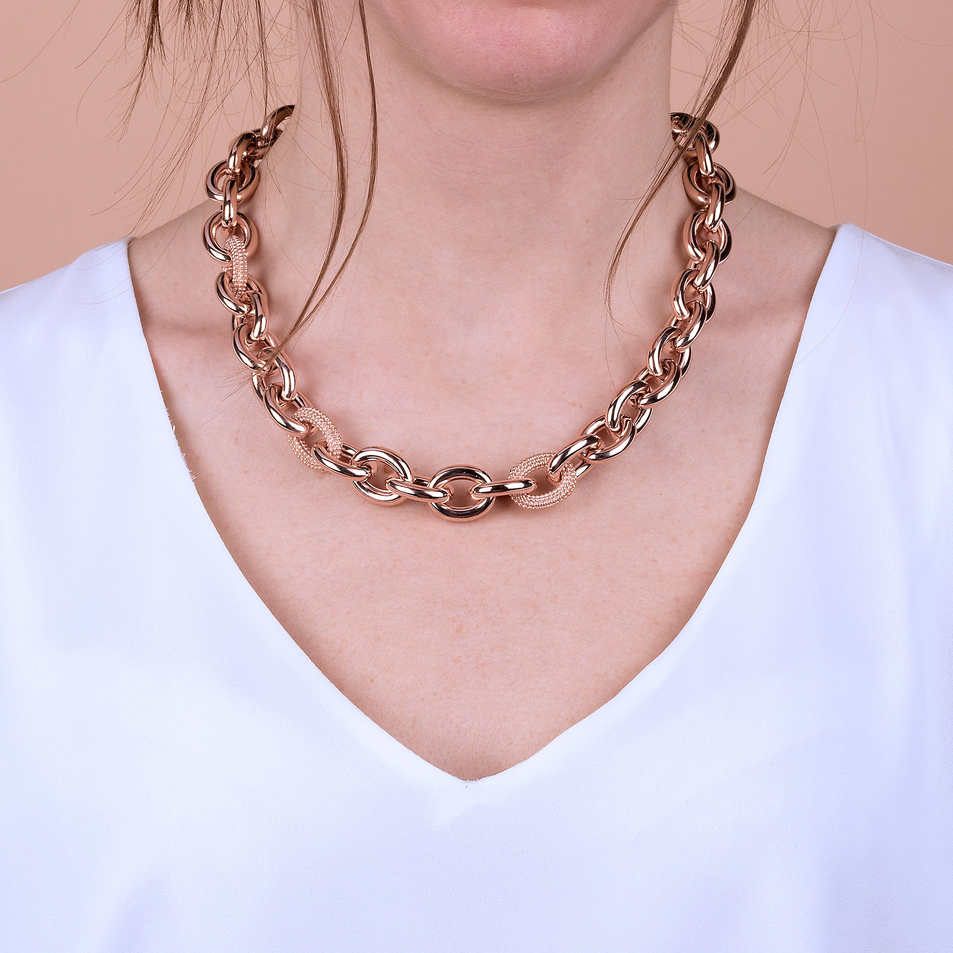 Golden Rosé Textured Anchor Link Chain Necklace