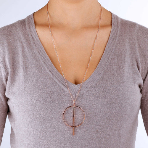 worn Circle Necklace
