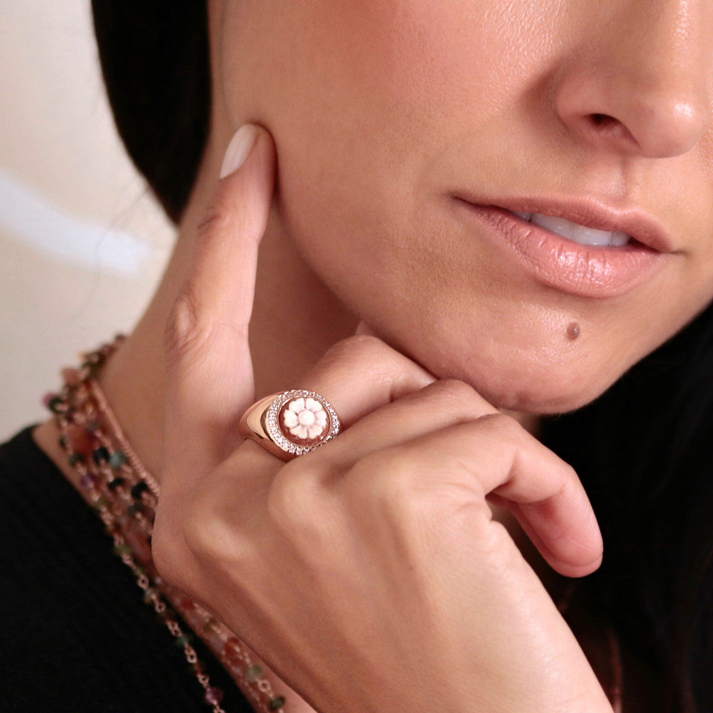 worn Flower Cameo Ring CAMEO