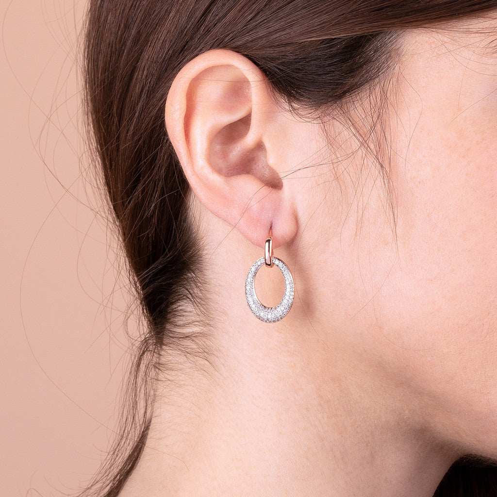 worn Oval dangling earrings