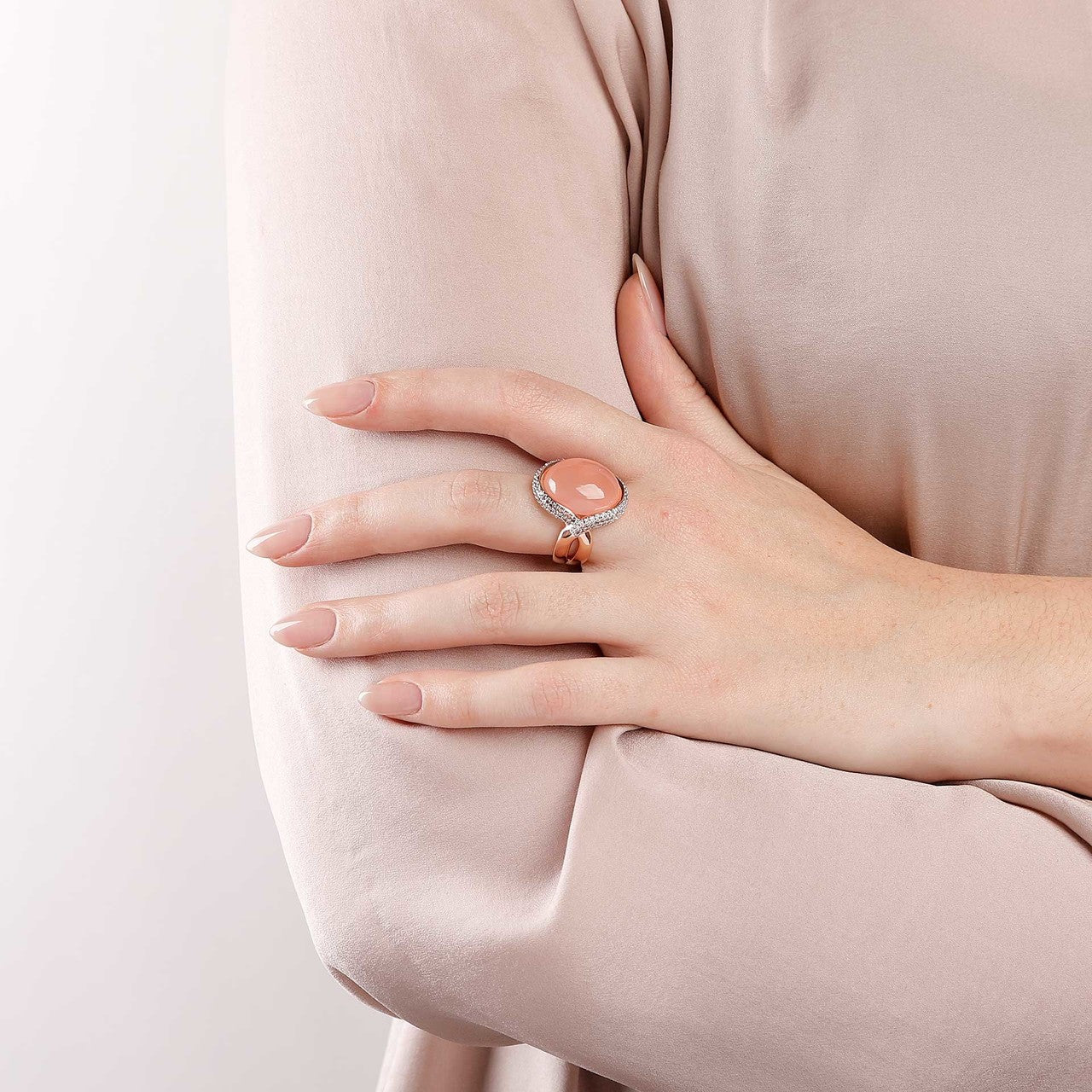 worn Ring Cabochon PINK CHALCEDONY