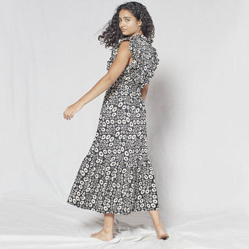 Outerknown, Outerknown Canyon dress - Pitch black wild daisy, Dresses, Coast Modern