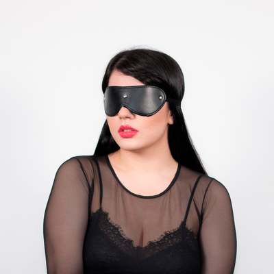 FUR LINED BLINDFOLD BLACK